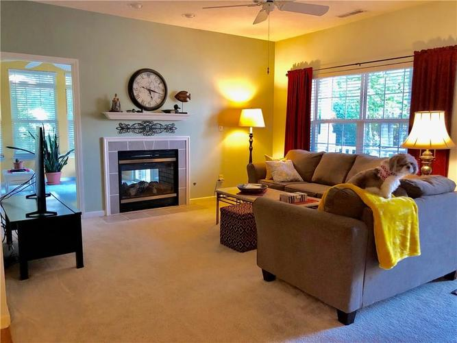 7434 Sandawe Place Indianapolis, IN 46217 | MLS 21668719 | photo 6