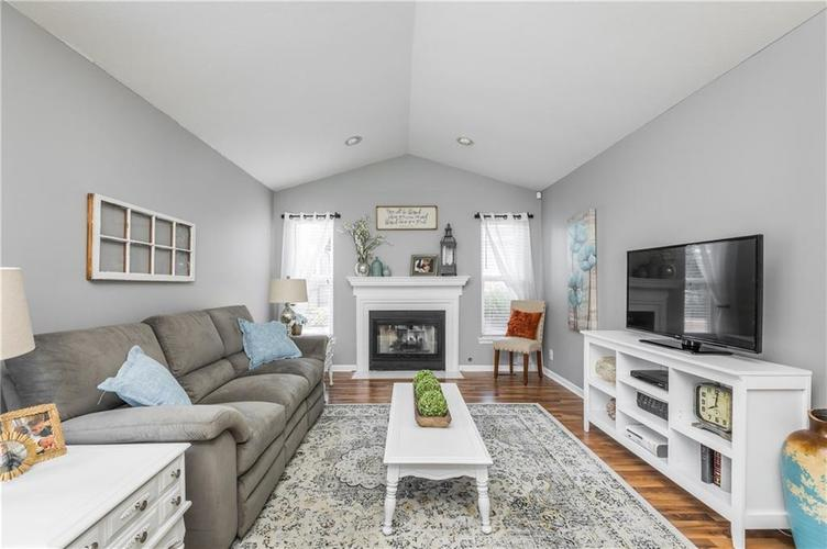 7919 Rock Rose Court Indianapolis, IN 46237 | MLS 21668728 | photo 13