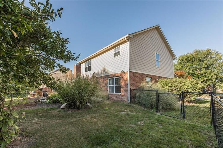 7919 Rock Rose Court Indianapolis, IN 46237 | MLS 21668728 | photo 27