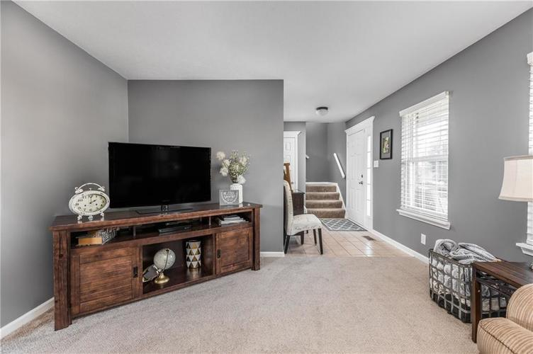 7919 Rock Rose Court Indianapolis, IN 46237 | MLS 21668728 | photo 5