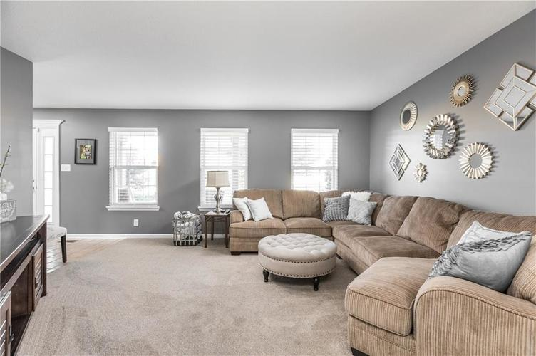 7919 Rock Rose Court Indianapolis, IN 46237 | MLS 21668728 | photo 7