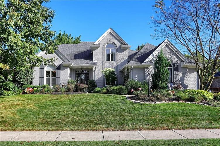 5028  Saint Charles Place Carmel, IN 46033 | MLS 21668742