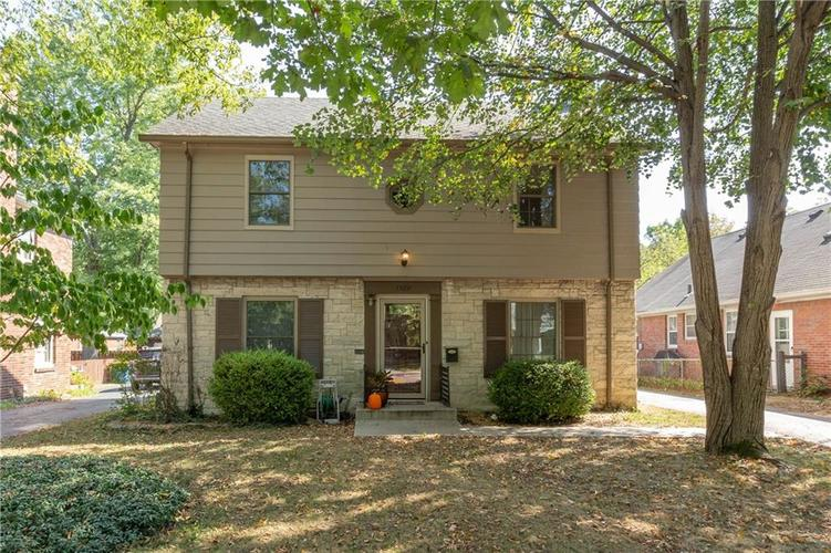 5329 Boulevard Place Indianapolis, IN 46208   MLS 21668755   photo 1