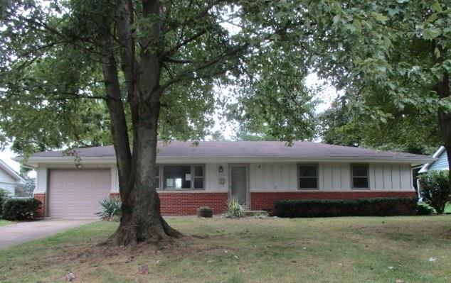 1230 Oakland Drive Anderson, IN 46012 | MLS 21668766 | photo 1