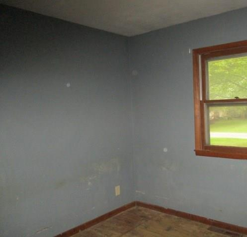 1230 Oakland Drive Anderson, IN 46012 | MLS 21668766 | photo 4