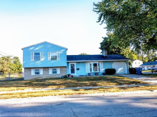 8726 E 35th Street Indianapolis, IN 46226 | MLS 21668779