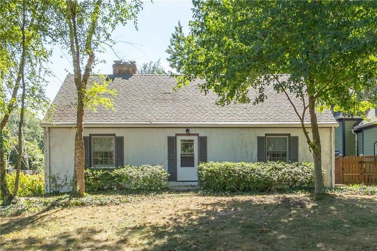 2929 E 62nd Street Indianapolis IN 46220 | MLS 21668872 | photo 1