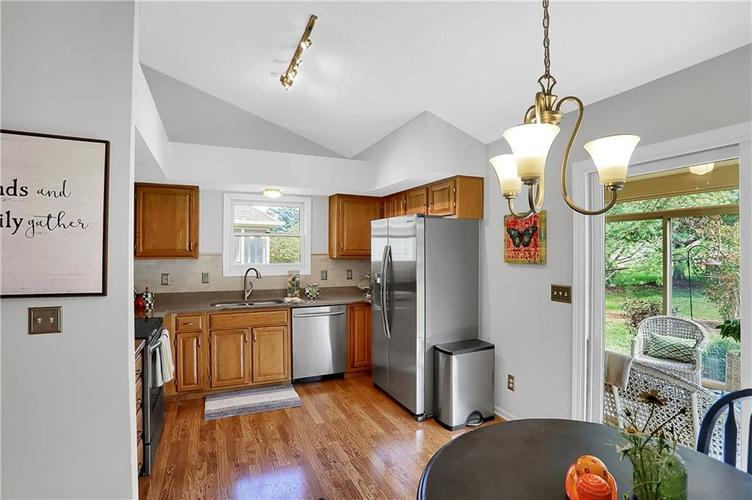 11959 Halla Place Fishers, IN 46038   MLS 21668884   photo 14