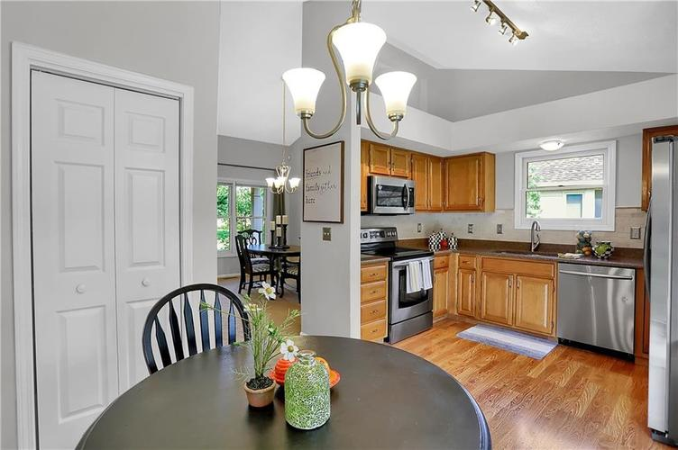 11959 Halla Place Fishers, IN 46038   MLS 21668884   photo 15
