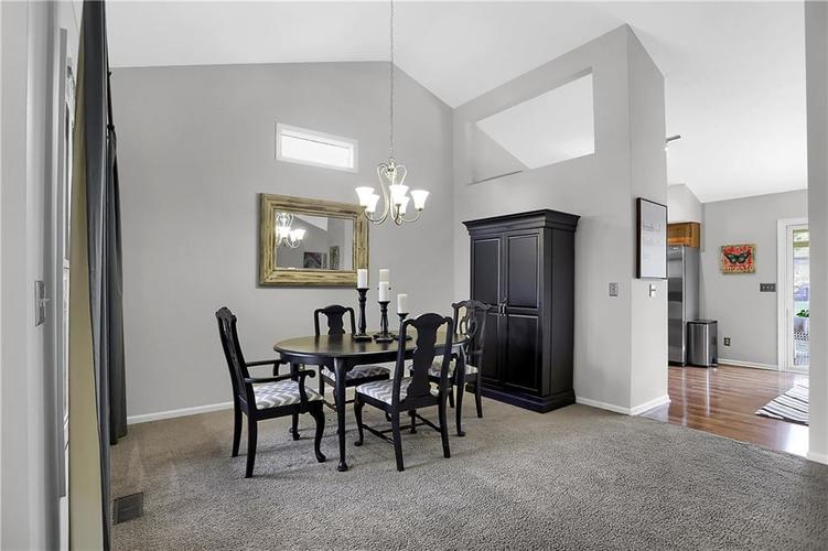 11959 Halla Place Fishers, IN 46038   MLS 21668884   photo 3