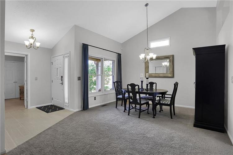 11959 Halla Place Fishers, IN 46038   MLS 21668884   photo 9