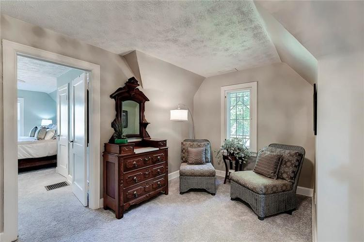 377 E Westfield Boulevard Indianapolis, IN 46220 | MLS 21668887 | photo 25