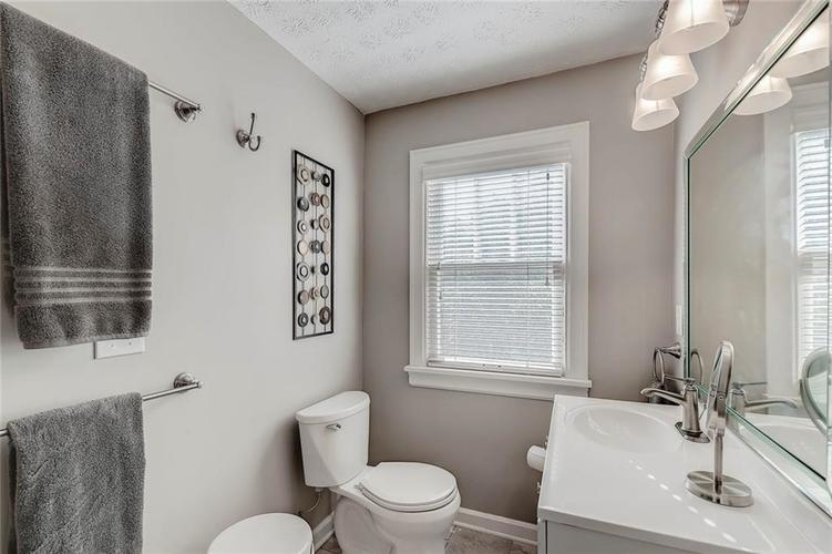 377 E Westfield Boulevard Indianapolis, IN 46220 | MLS 21668887 | photo 33