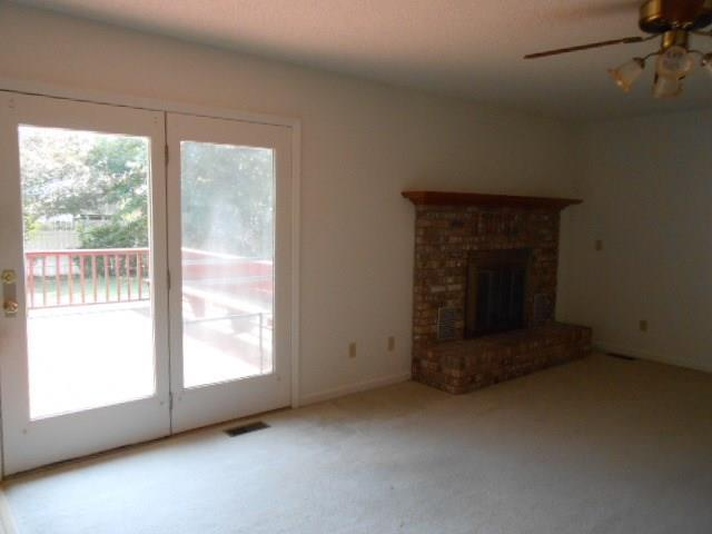 840 Crestwood Drive E Evansville, IN 47715 | MLS 21668928 | photo 10