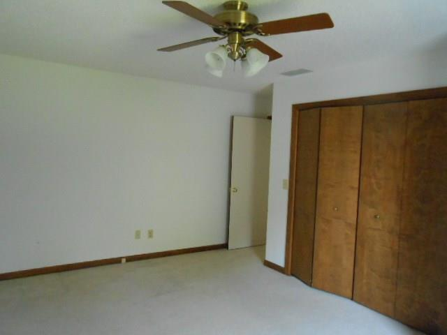 840 Crestwood Drive E Evansville, IN 47715 | MLS 21668928 | photo 17
