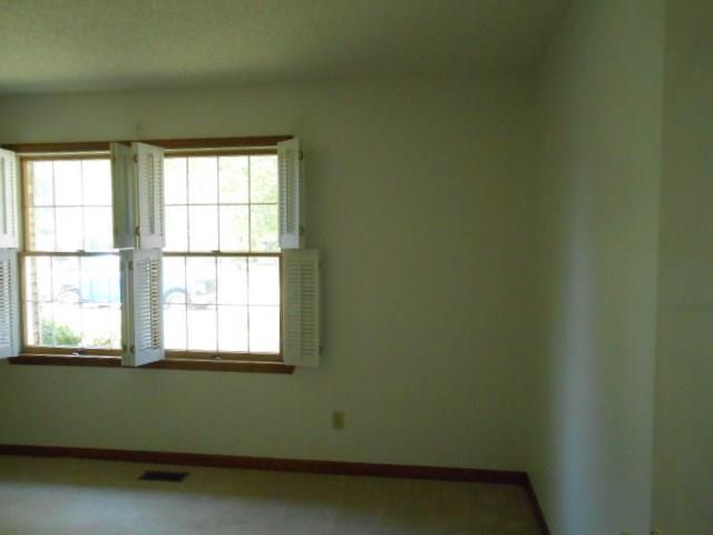 840 Crestwood Drive E Evansville, IN 47715 | MLS 21668928 | photo 19