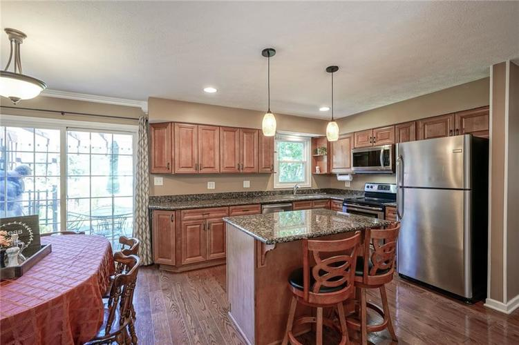 10022 E 86th Street Indianapolis, IN 46256 | MLS 21668935 | photo 10
