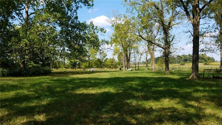 8606 E 100 S Greenfield, IN 46140   MLS 21668942   photo 20