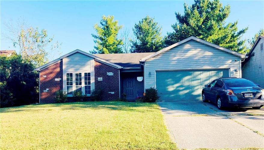 2853  GREENVIEW Way Indianapolis, IN 46229 | MLS 21668960