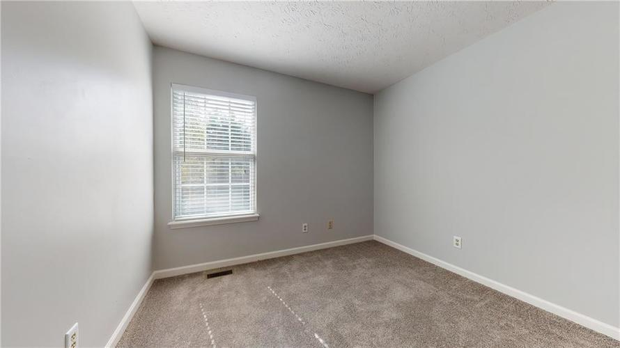 10501 Pineview Circle Fishers, IN 46038 | MLS 21669971 | photo 27
