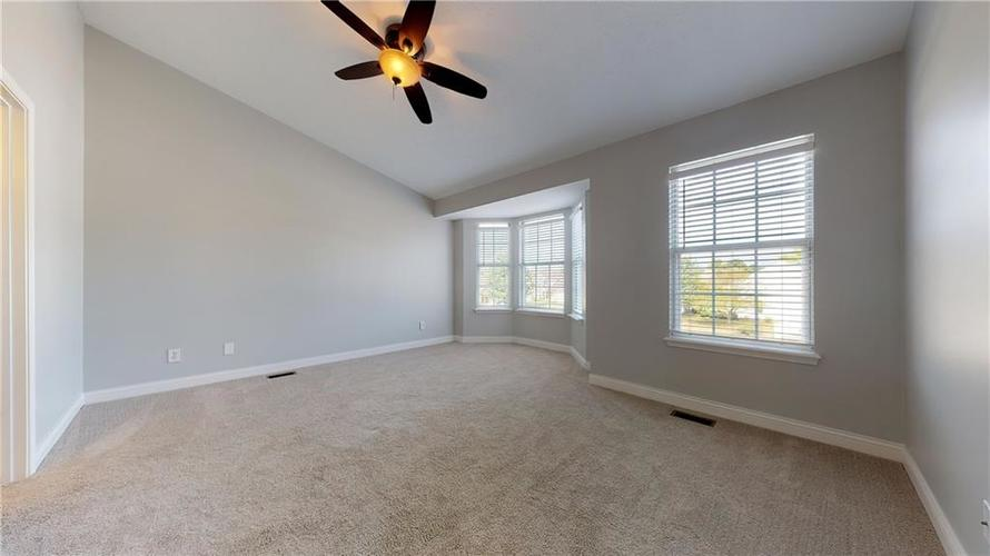 10501 Pineview Circle Fishers, IN 46038 | MLS 21669971 | photo 29