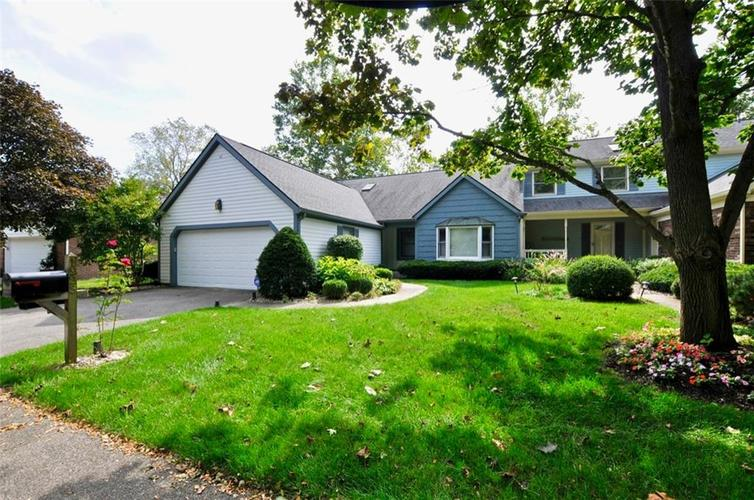 1923 SEAPORT Drive Indianapolis, IN 46240 | MLS 21670082 | photo 1