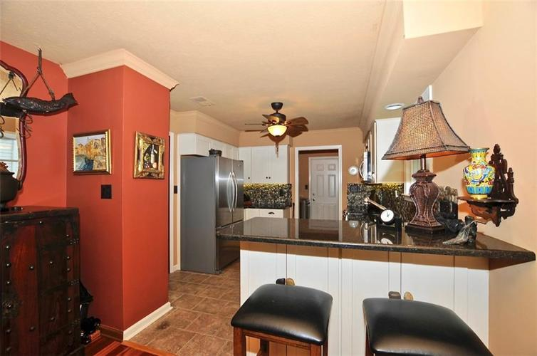 1923 SEAPORT Drive Indianapolis, IN 46240 | MLS 21670082 | photo 14