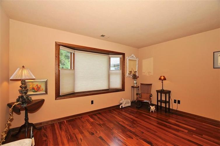 1923 SEAPORT Drive Indianapolis, IN 46240 | MLS 21670082 | photo 26