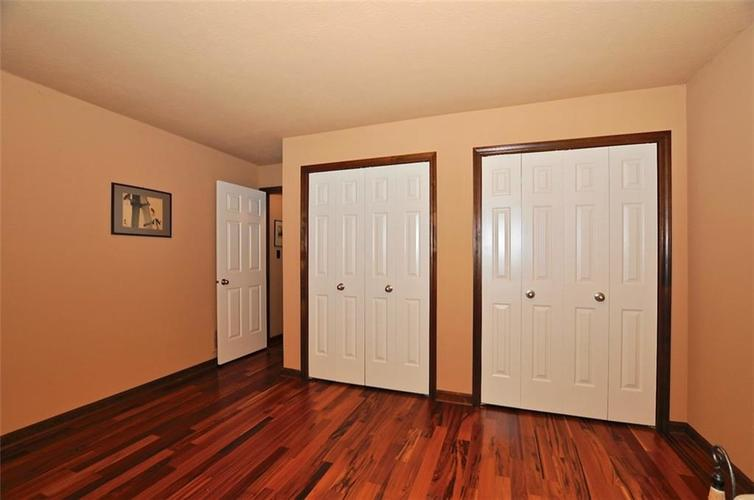 1923 SEAPORT Drive Indianapolis, IN 46240 | MLS 21670082 | photo 27