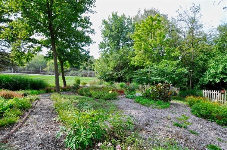 1923 SEAPORT Drive Indianapolis, IN 46240 | MLS 21670082 | photo 48