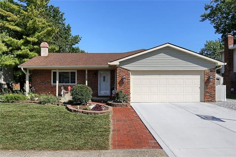 4729  Whirlaway Drive Indianapolis, IN 46237 | MLS 21670104