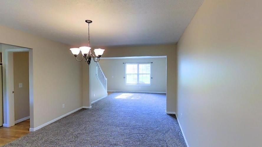 11664 Seville Road Fishers, IN 46037 | MLS 21670110 | photo 4