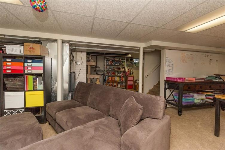 224 W Roberts Road Indianapolis, IN 46217 | MLS 21670195 | photo 27