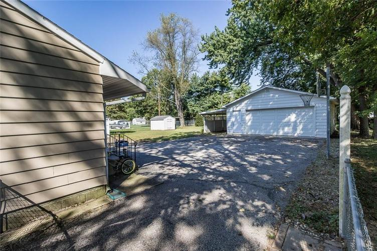 224 W Roberts Road Indianapolis, IN 46217 | MLS 21670195 | photo 32