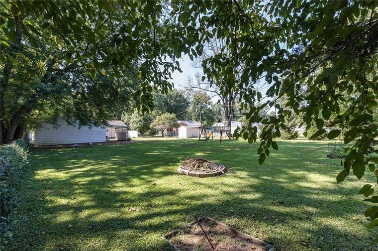 224 W Roberts Road Indianapolis, IN 46217 | MLS 21670195 | photo 36
