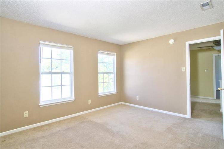 10755 Cyrus Drive Indianapolis, IN 46231 | MLS 21670218 | photo 21