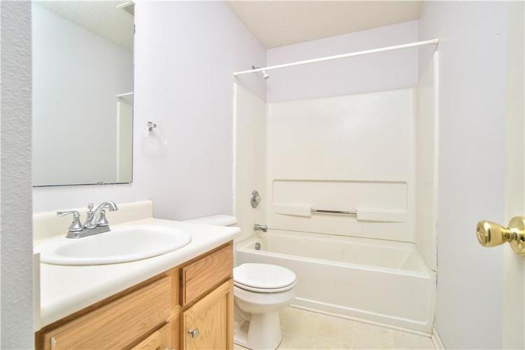 10755 Cyrus Drive Indianapolis, IN 46231 | MLS 21670218 | photo 23