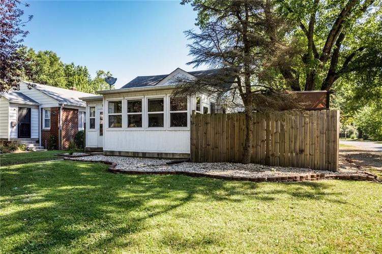 5103 KINGSLEY Drive Indianapolis, IN 46205 | MLS 21670255 | photo 2