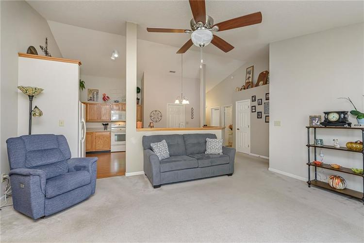 000 Confidential Ave.Indianapolis, IN 46217 | MLS 21670301 | photo 13