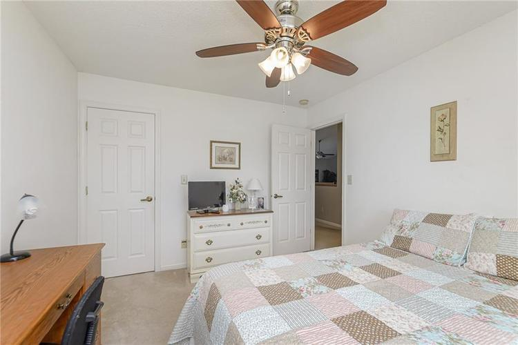 000 Confidential Ave.Indianapolis, IN 46217 | MLS 21670301 | photo 20