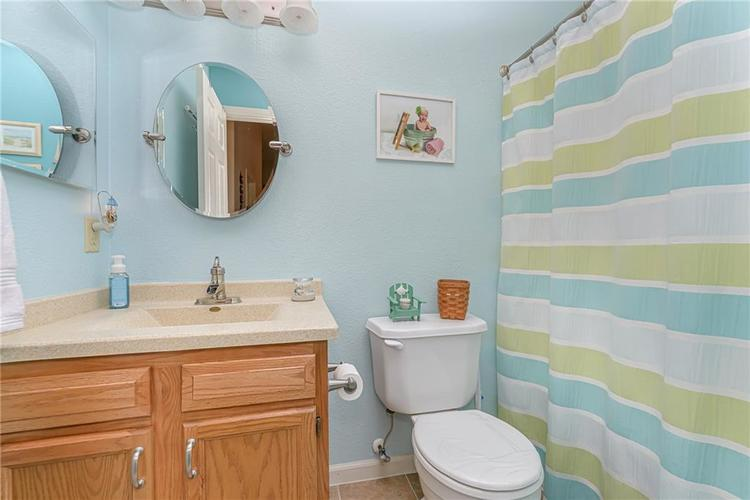 000 Confidential Ave.Indianapolis, IN 46217 | MLS 21670301 | photo 21