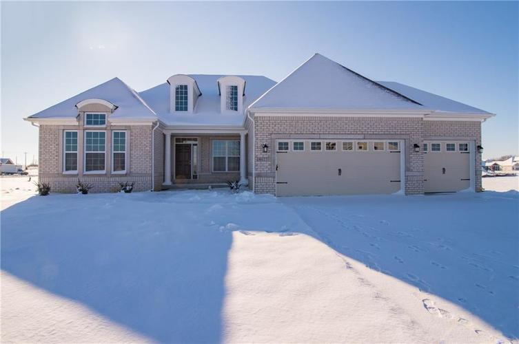 4127  Backstretch Lane Bargersville, IN 46106 | MLS 21670309
