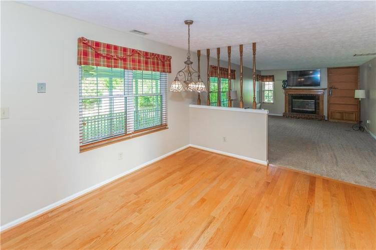 000 Confidential Ave.Indianapolis, IN 46237 | MLS 21670321 | photo 16