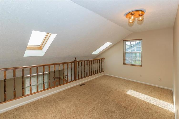 000 Confidential Ave.Indianapolis, IN 46237 | MLS 21670321 | photo 20