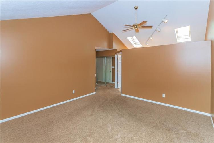 000 Confidential Ave.Indianapolis, IN 46237 | MLS 21670321 | photo 22