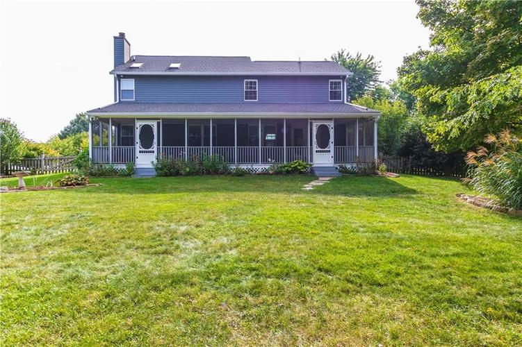 000 Confidential Ave.Indianapolis, IN 46237 | MLS 21670321 | photo 5
