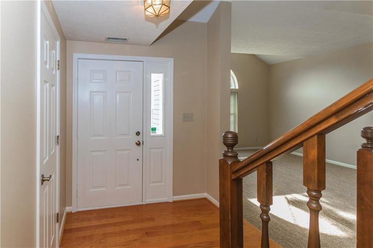 000 Confidential Ave.Indianapolis, IN 46237 | MLS 21670321 | photo 7
