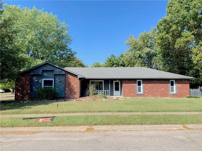 626  PIONEER Drive Indianapolis, IN 46217 | MLS 21670333