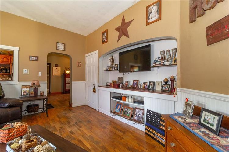 502 South Street Shirley, IN 47384 | MLS 21670334 | photo 18