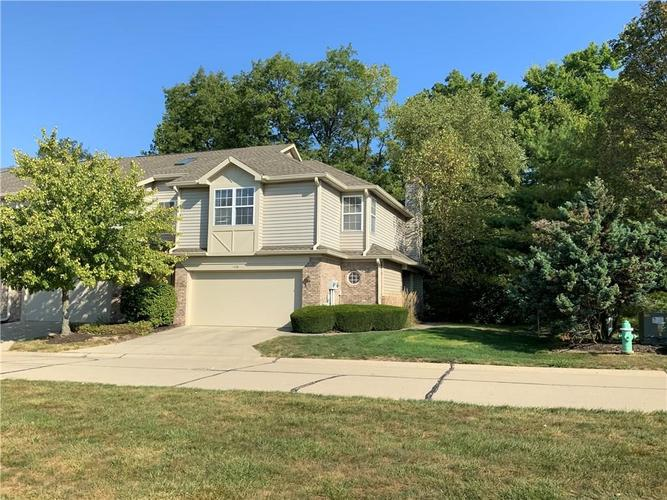 11268  Fonthill Drive Indianapolis, IN 46236 | MLS 21670355